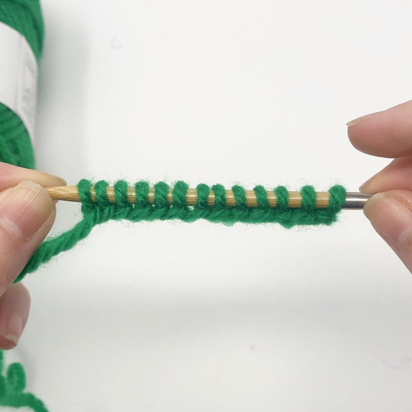棒針編み】指でかける作り目の編み方 | 蛍光灯ニット
